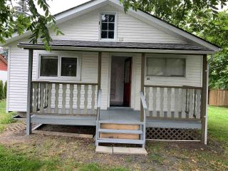 Photo 2: 46194 GORE Avenue in Chilliwack: Chilliwack E Young-Yale House for sale : MLS®# R2479252