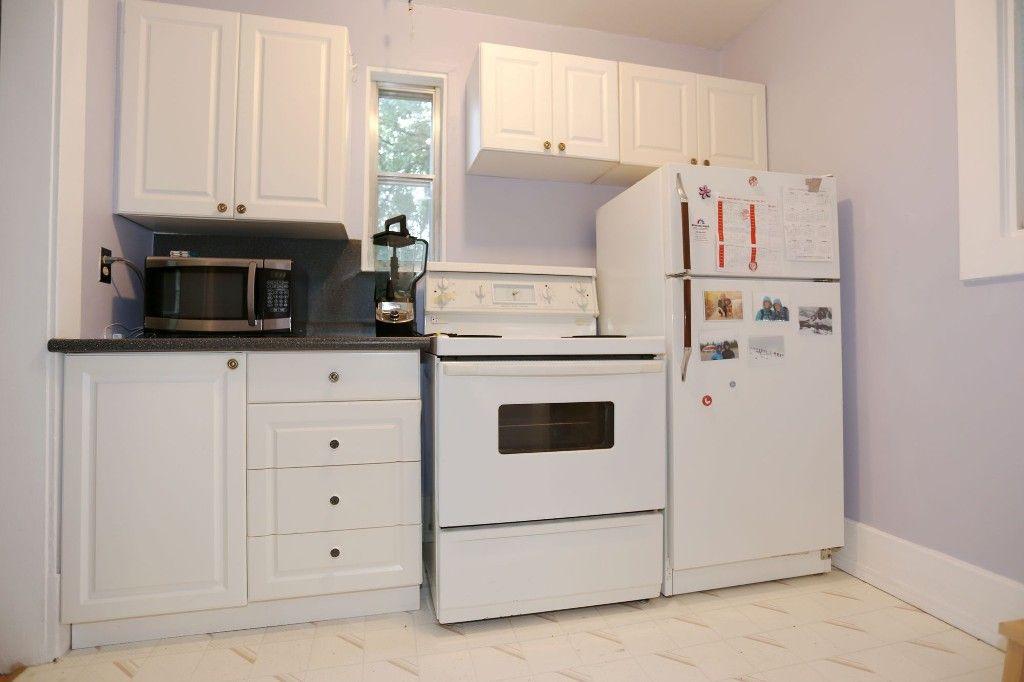 Photo 13: Photos: 834 Oakenwald Avenue in Winnipeg: Fort Garry Single Family Detached for sale (1J)  : MLS®# 1718606