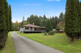 Photo 1: 2183 Lake Trail Rd in : CV Courtenay West House for sale (Comox Valley)  : MLS®# 861596