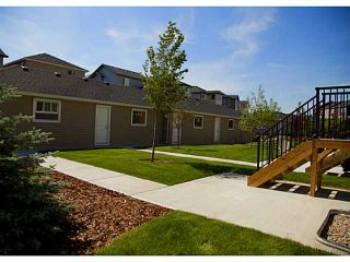 Photo 15: 452 Rainbow Falls Drive: Chestermere Townhouse for sale : MLS®# C3579282