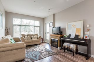 Photo 2: 305 11950 HARRIS Road in Pitt Meadows: Central Meadows Condo for sale : MLS®# R2158872