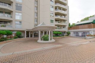 """Photo 2: 504 71 JAMIESON Court in New Westminster: Fraserview NW Condo for sale in """"PALACE QUAY"""" : MLS®# R2503066"""