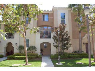 Photo 1: POINT LOMA Townhouse for sale : 2 bedrooms : 2720 Evans #5 in San Diego