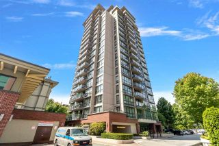 """Photo 1: 605 2959 GLEN Drive in Coquitlam: North Coquitlam Condo for sale in """"THE PARC"""" : MLS®# R2476453"""