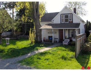 Photo 2: 4827 216A Street in Langley: Murrayville House for sale : MLS®# F2921408
