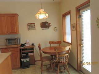 Photo 13: 24 Shannon Estates Terrace SW in Calgary: Shawnessy Row/Townhouse for sale : MLS®# A1102178
