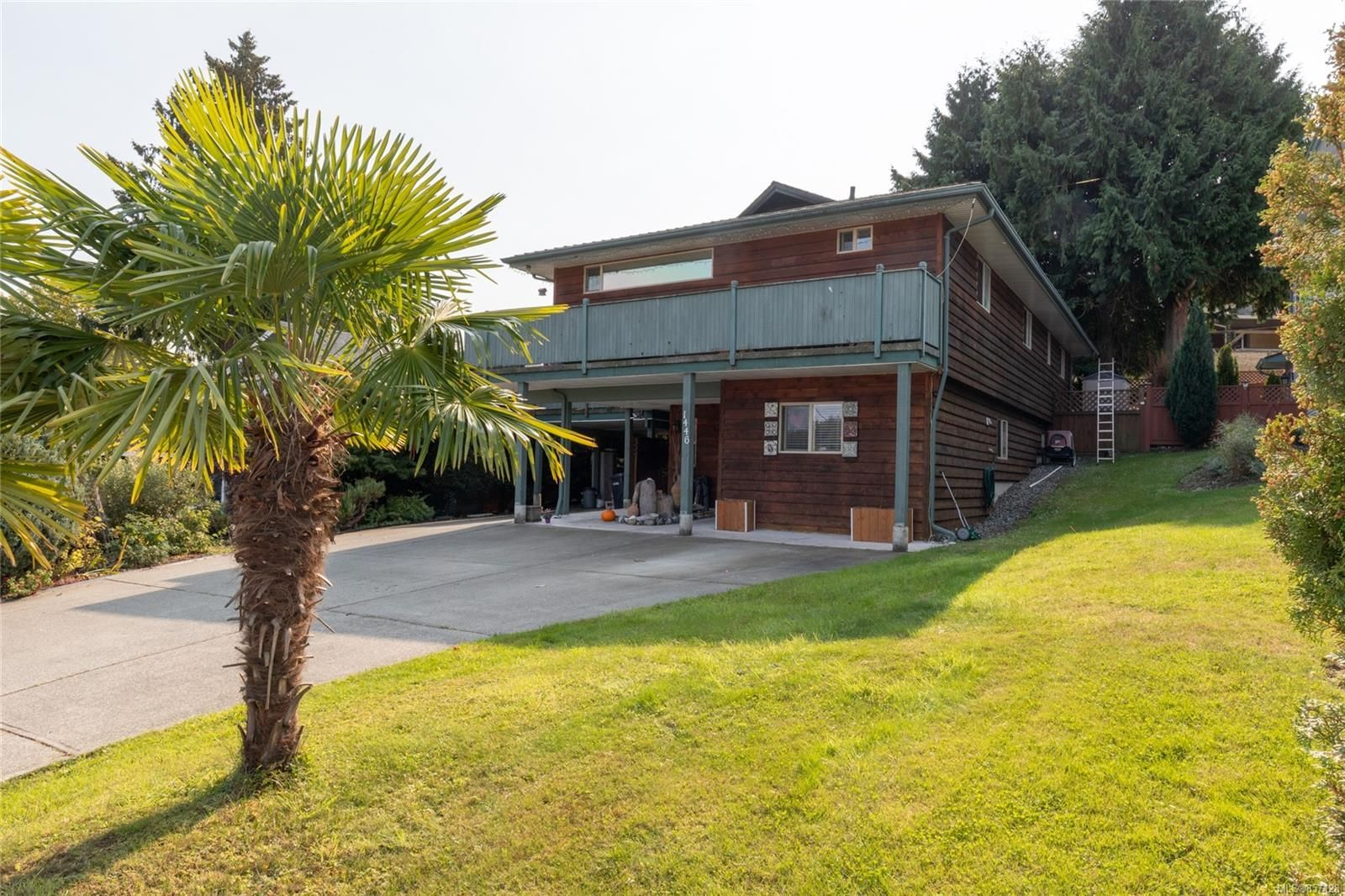 Main Photo: 1446 Loat St in : Na Departure Bay House for sale (Nanaimo)  : MLS®# 857128