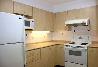 "Photo 2: 1306 1148 HEFFLEY Crescent in Coquitlam: North Coquitlam Condo for sale in ""THE CENTURA"" : MLS®# R2029322"