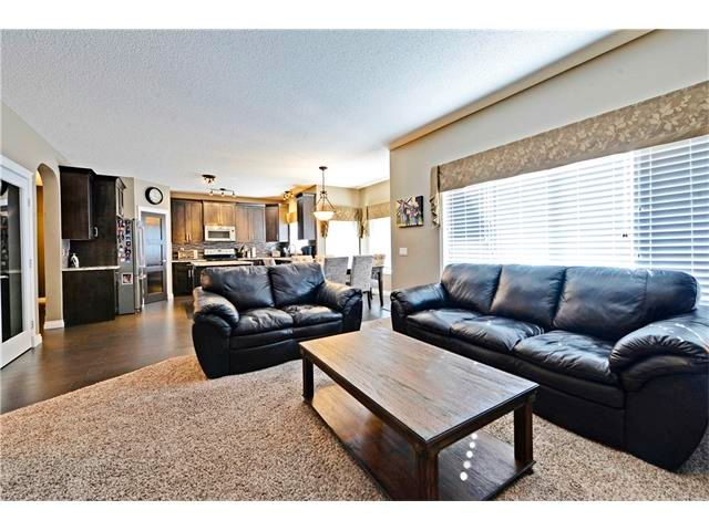 Photo 18: Photos: 186 THORNLEIGH Close SE: Airdrie House for sale : MLS®# C4054671
