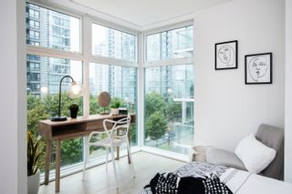 """Photo 12: A503 431 PACIFIC Street in Vancouver: Yaletown Condo for sale in """"PACIFIC POINT"""" (Vancouver West)  : MLS®# R2619355"""