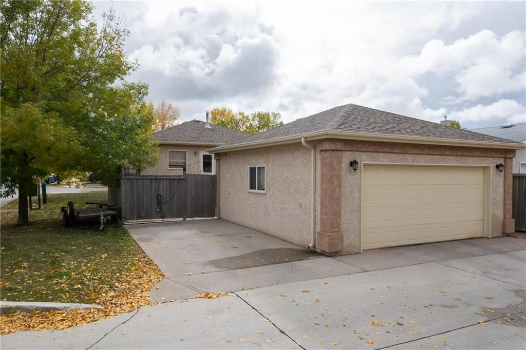 Photo 15: Photos: 144 Maplegrove Road in Winnipeg: Riverbend Residential for sale (4E)  : MLS®# 202024993