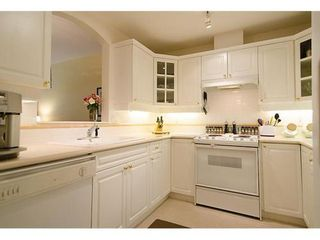 Photo 6: 123 5835 HAMPTON Place in Vancouver West: University VW Home for sale ()  : MLS®# V967168