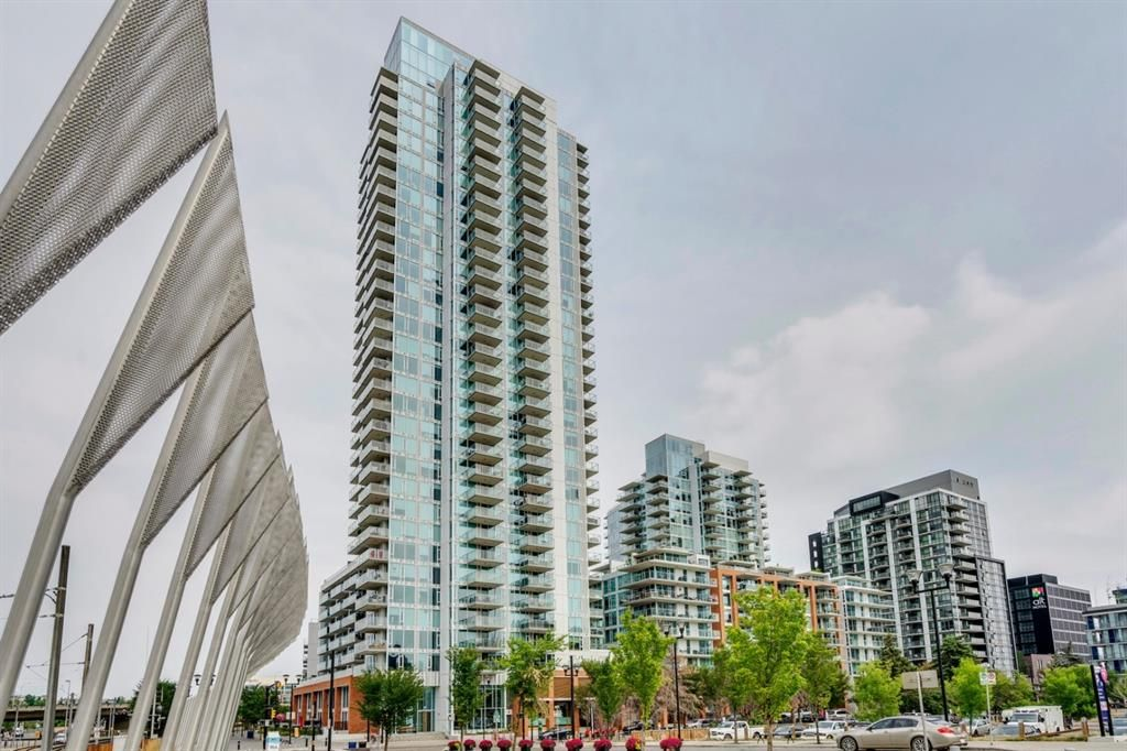 Main Photo: 901 510 6 Avenue SE in Calgary: Downtown East Village Apartment for sale : MLS®# A1027882