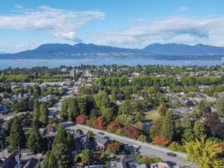 """Photo 33: 3635 W 14TH Avenue in Vancouver: Point Grey House for sale in """"POINT GREY"""" (Vancouver West)  : MLS®# R2615052"""