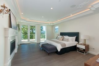 Photo 12: 910 BRAESIDE Street in West Vancouver: Sentinel Hill House for sale : MLS®# R2395782