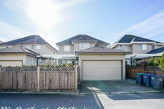 """Photo 19: 19321 72A Avenue in Surrey: Clayton House for sale in """"CLAYTON"""" (Cloverdale)  : MLS®# R2244288"""