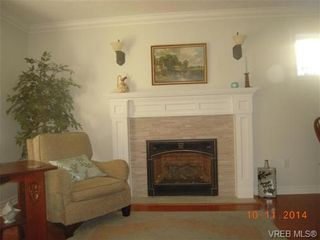Photo 16: 32 108 Aldersmith Pl in VICTORIA: VR Glentana Row/Townhouse for sale (View Royal)  : MLS®# 686482