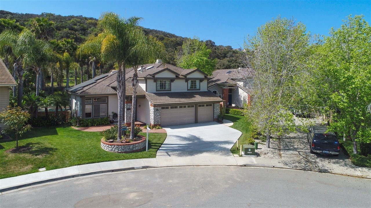 Main Photo: ENCINITAS House for sale : 4 bedrooms : 1235 Orchard Glen Circle