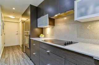 Photo 8: 186 CHESTERFIELD AVENUE in North Vancouver: Lower Lonsdale Townhouse for sale : MLS®# R2423323