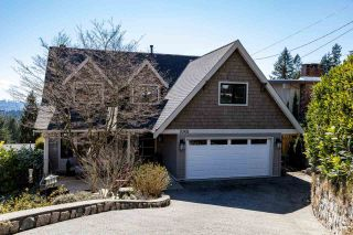 Photo 1: 1061 CHAMBERLAIN Drive in North Vancouver: Lynn Valley House for sale : MLS®# R2449836