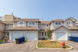 Photo 2: 9 215 Pinehouse Drive in Saskatoon: Lawson Heights Residential for sale : MLS®# SK864976