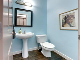 Photo 21: 45 Crestbrook Hill SW in Calgary: Crestmont Detached for sale : MLS®# A1141803