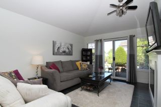 """Photo 7: 66 21138 88 Avenue in Langley: Walnut Grove Townhouse for sale in """"SPENCER GREEN"""" : MLS®# R2426366"""