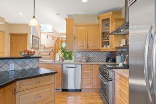 Photo 14: 6711 HARDISTY Drive in Edmonton: Zone 19 House for sale : MLS®# E4262750