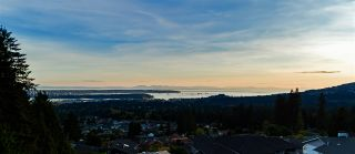 Photo 4: 296 NEWDALE Court in North Vancouver: Upper Delbrook House for sale : MLS®# R2383721