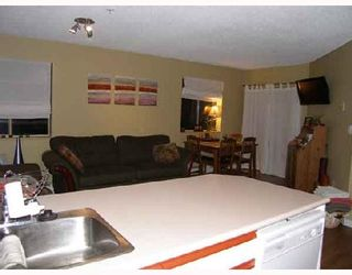 "Photo 8: B211 40120 WILLOW Crescent in Squamish: Garibaldi Estates Condo for sale in ""DIAMOND HEAD APARTMENT"" : MLS®# V689954"