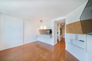 Photo 8: 1701 438 SEYMOUR Street in Vancouver: Downtown VW Condo for sale (Vancouver West)  : MLS®# R2615883