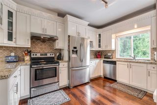 """Photo 10: 119 3333 DEWDNEY TRUNK Road in Port Moody: Port Moody Centre Townhouse for sale in """"CENTRE POINT"""" : MLS®# R2408387"""