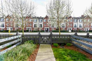 """Photo 6: 20 8438 207A Street in Langley: Willoughby Heights Townhouse for sale in """"YORK"""" : MLS®# R2565486"""
