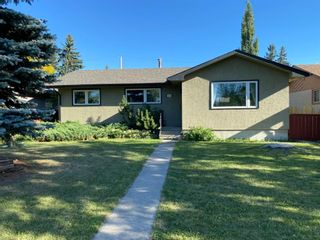 Main Photo: 2448 Cottonwood Crescent SE in Calgary: Southview Detached for sale : MLS®# A1122566