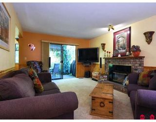 Photo 6: 13815 65TH Avenue in Surrey: East Newton House for sale : MLS®# F2829054