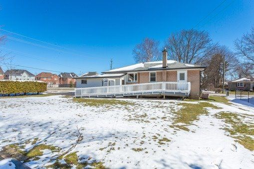 Photo 10: Photos: 56 Torian Avenue in Whitby: Brooklin House (Bungalow) for sale : MLS®# E3456917