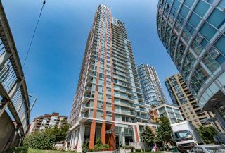 "Photo 1: 901 1351 CONTINENTAL Street in Vancouver: Downtown VW Condo for sale in ""MADDOX"" (Vancouver West)  : MLS®# R2297254"