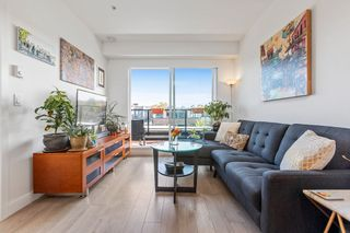 """Photo 10: 404 2141 E HASTINGS Street in Vancouver: Hastings Condo for sale in """"THE OXFORD"""" (Vancouver East)  : MLS®# R2579548"""