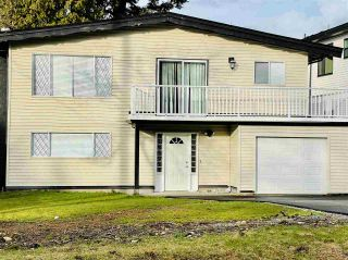 Photo 1: 14207 KINDERSLEY Drive in Surrey: Bolivar Heights House for sale (North Surrey)  : MLS®# R2546029