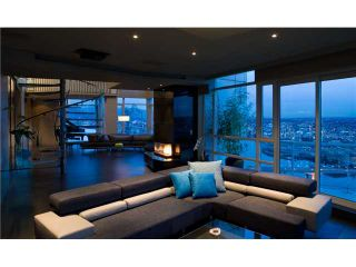"Photo 2: # 3801 1199 MARINASIDE CR in Vancouver: Yaletown Condo for sale in ""AQUARIUS"" (Vancouver West)  : MLS®# V920696"