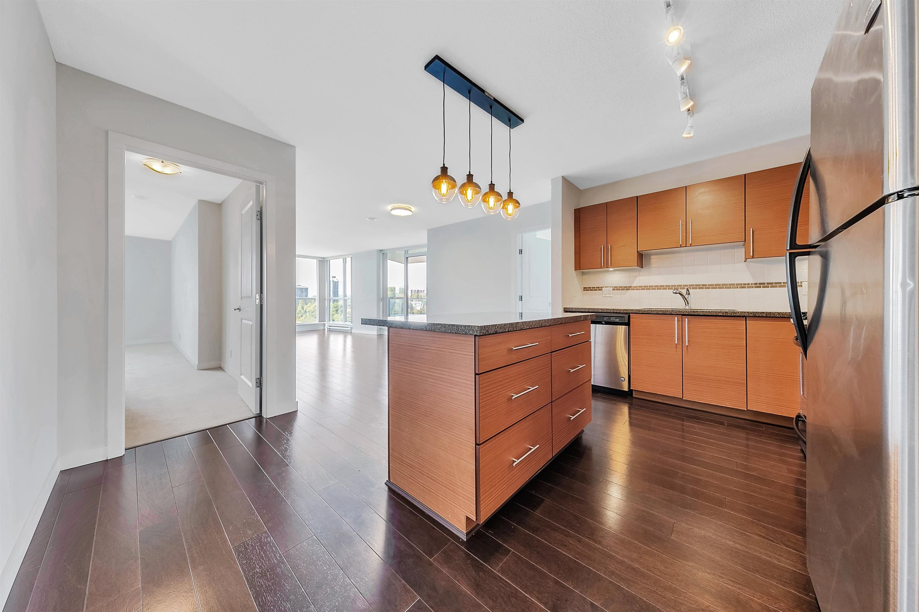 """Main Photo: 1906 5611 GORING Street in Burnaby: Central BN Condo for sale in """"Legacy"""" (Burnaby North)  : MLS®# R2621249"""