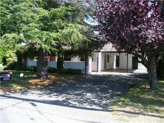 """Photo 1: 938 53A Street in Tsawwassen: Tsawwassen Central House for sale in """"TSAWWASSEN HEIGHTS"""" : MLS®# V849310"""
