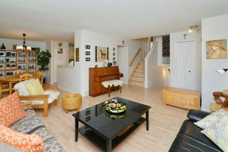 Photo 5: 43 Ranchero Green NW in Calgary: Ranchlands House for sale : MLS®# C4138683