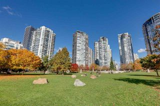 """Photo 22: 3002 583 BEACH Crescent in Vancouver: Yaletown Condo for sale in """"PARK WEST II"""" (Vancouver West)  : MLS®# R2577969"""