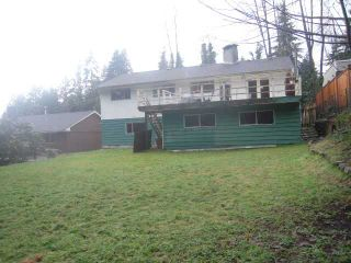 """Photo 10: 2250 HOSKINS Road in North Vancouver: Westlynn Terrace House for sale in """"Westlynn Terrace"""" : MLS®# V927415"""