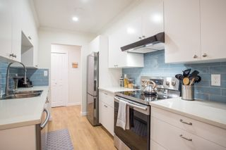 """Photo 1: 104 4363 HALIFAX Street in Burnaby: Brentwood Park Condo for sale in """"Brent Gardens"""" (Burnaby North)  : MLS®# R2527530"""