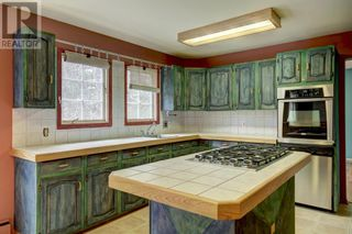 Photo 10: 150 9 Street NW in Drumheller: House for sale : MLS®# A1105055