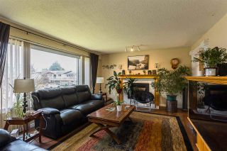 Photo 10: 10027 FAIRBANKS Crescent: House for sale in Chilliwack: MLS®# R2560743