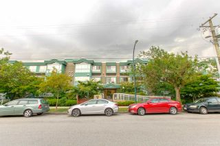 """Photo 22: 208 2211 WALL Street in Vancouver: Hastings Condo for sale in """"PACIFIC LANDING"""" (Vancouver East)  : MLS®# R2384975"""