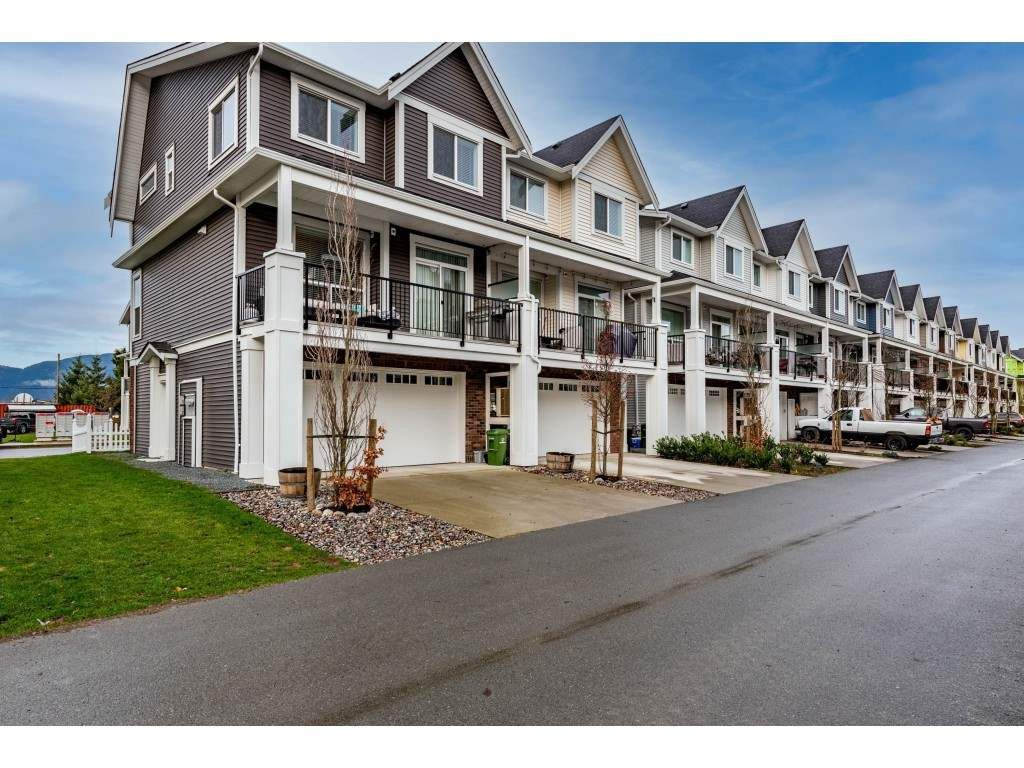 """Photo 35: Photos: 5488 DRIFTWOOD Street in Chilliwack: Vedder S Watson-Promontory Condo for sale in """"WEBSTER CROSSING"""" (Sardis)  : MLS®# R2527096"""